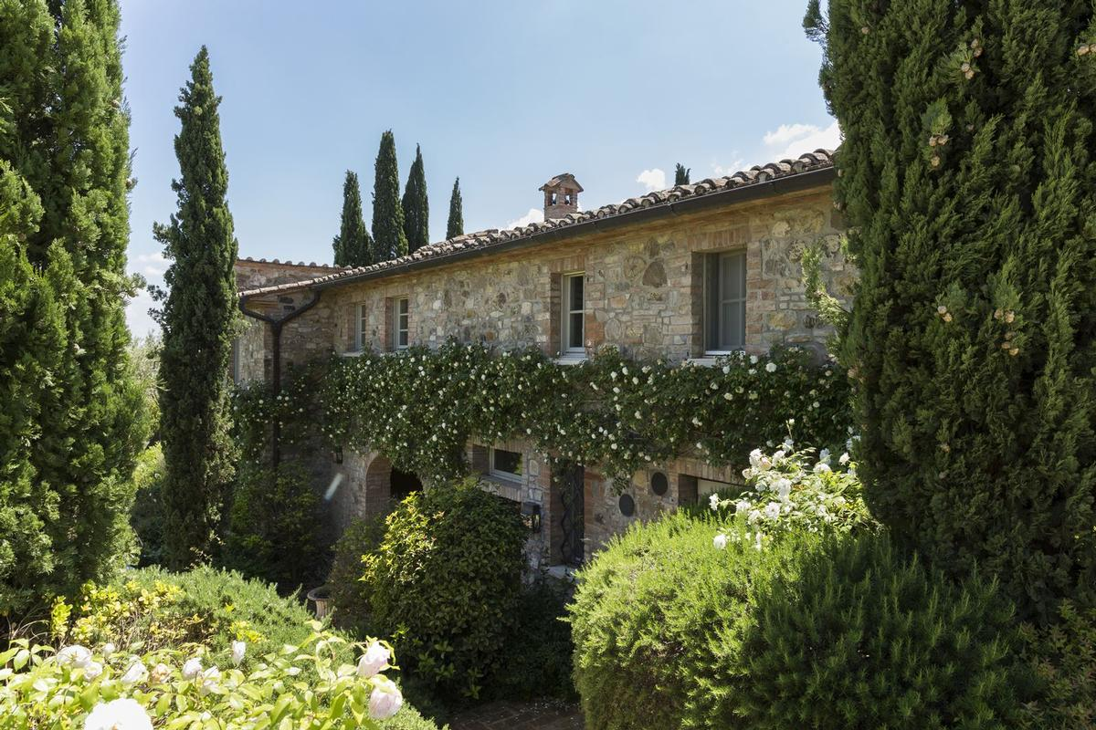 Mansions in Prestigious Estate in Cetona - Tuscany