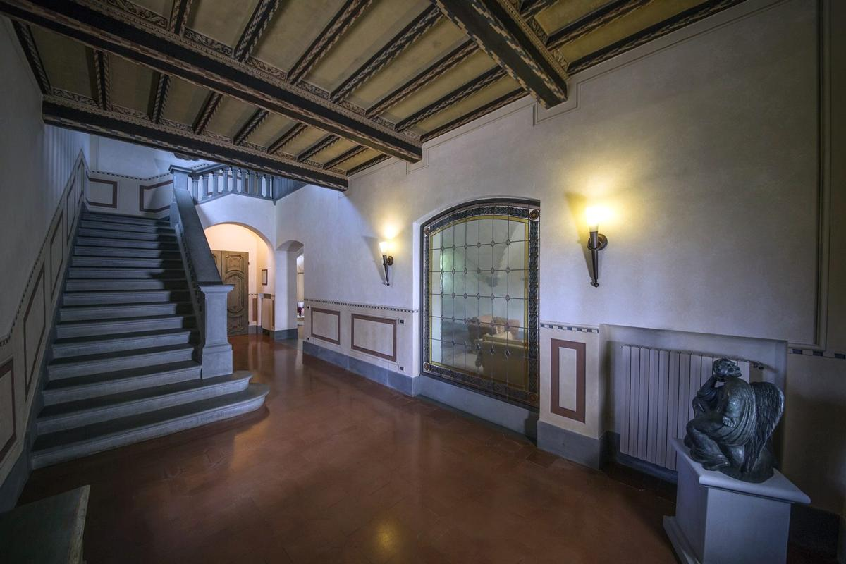 Luxury real estate CHARMING ESTATE WITH HISTORIC VILLA - TUSCANY