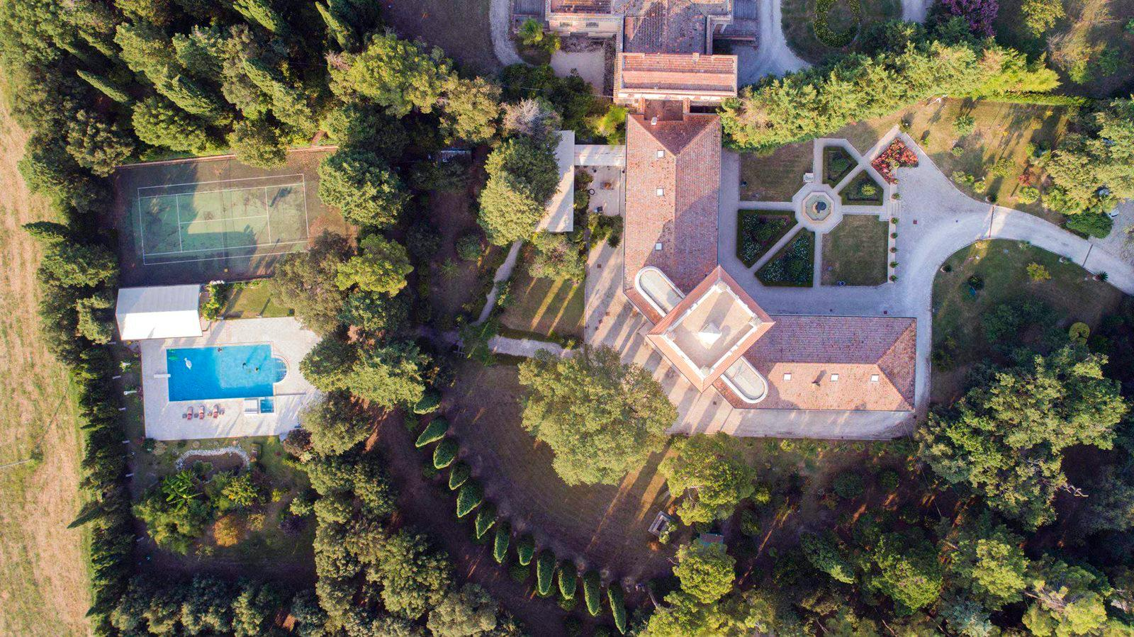 Luxury homes MAGNIFICENT LIBERTY VILLA IN TREIA - MARCHE