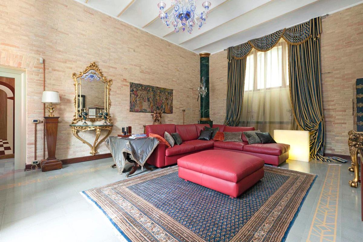 MAGNIFICENT LIBERTY VILLA IN TREIA - MARCHE luxury homes