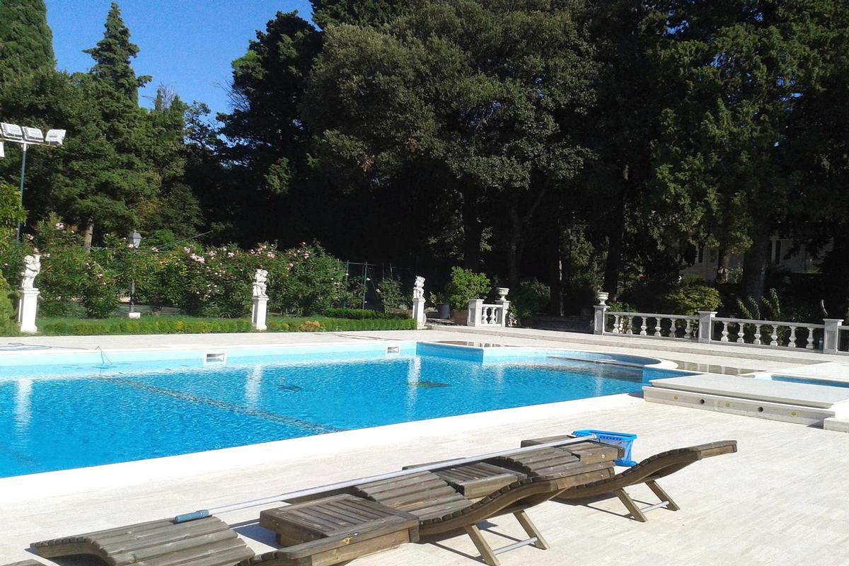 MAGNIFICENT LIBERTY VILLA IN TREIA - MARCHE luxury real estate