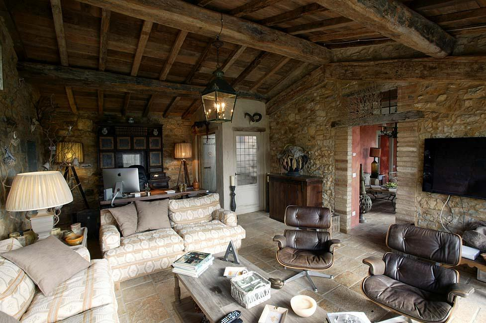 Luxury homes FARMHOUSE WITH POOL IN CHIANTISHIRE - TUSCANY