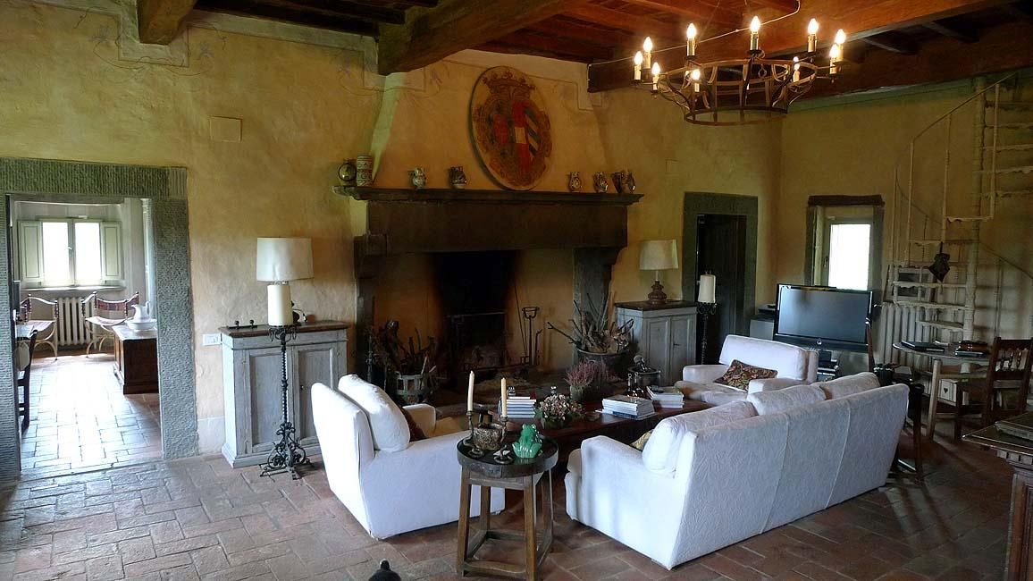 Mansions in FARMHOUSE WITH POOL IN CHIANTISHIRE - TUSCANY