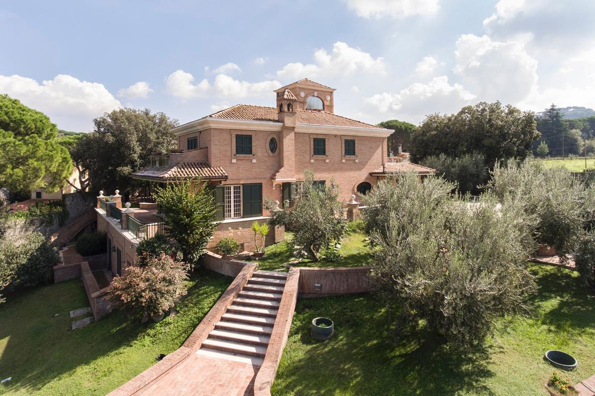Luxury homes Luxury villa close to Rome