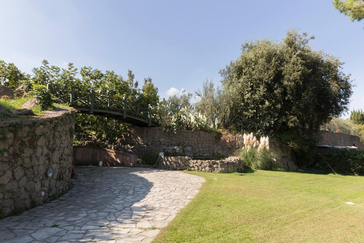 Mansions in Luxury villa close to Rome