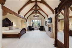 Impressive Preston Hollow residence in quiet Lobello Estates mansions