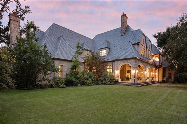 Luxury real estate Impressive Preston Hollow residence in quiet Lobello Estates