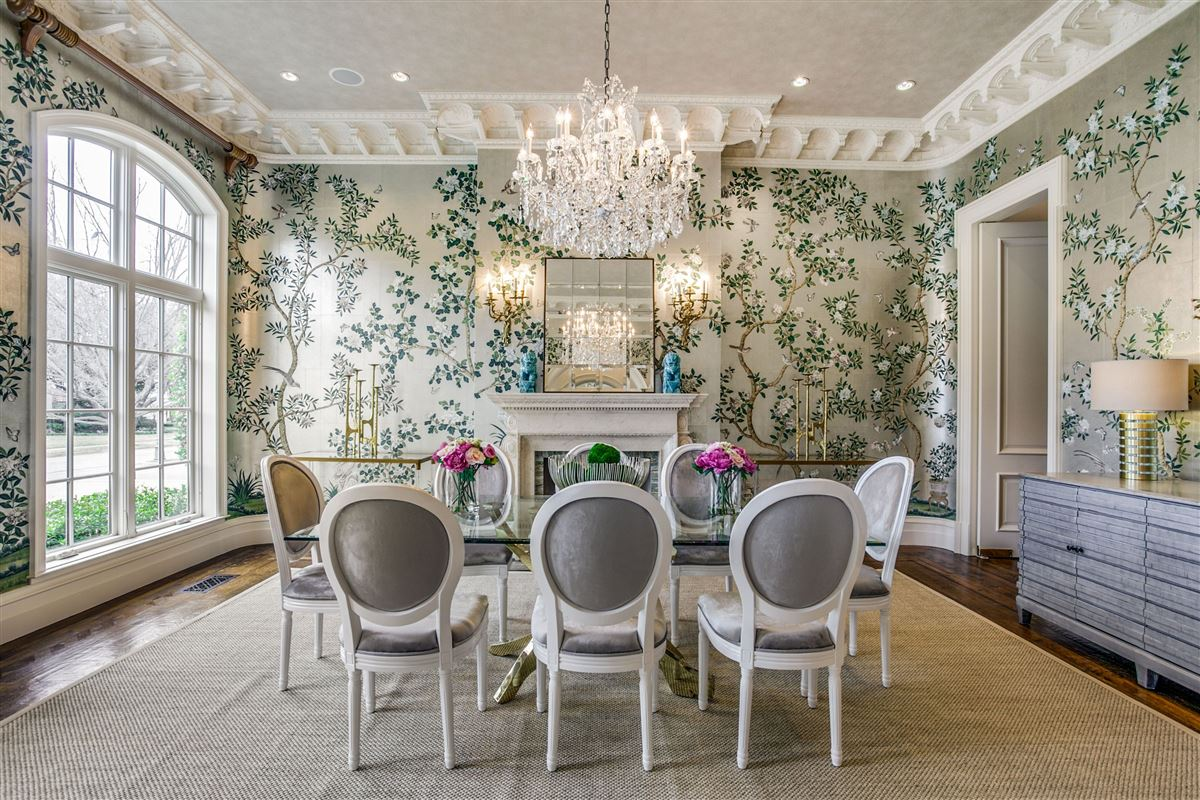 Luxury properties everyday luxury and refinement in highland park