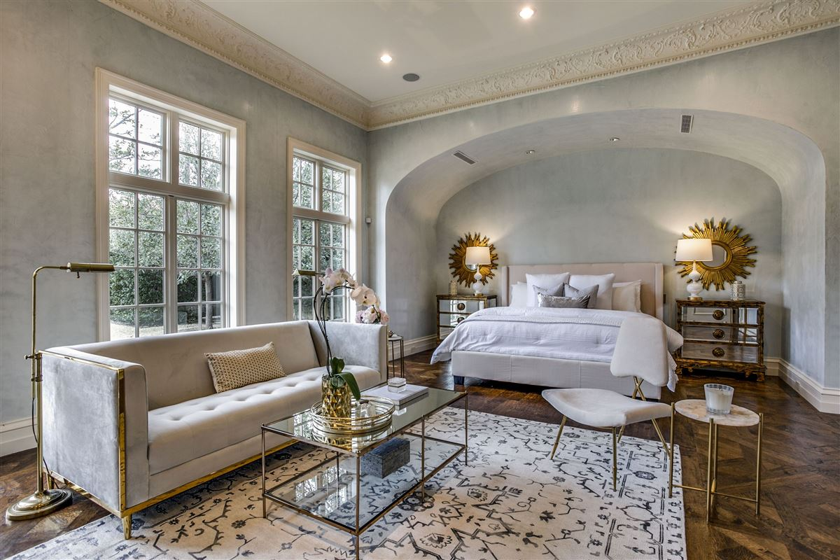 everyday luxury and refinement in highland park luxury properties
