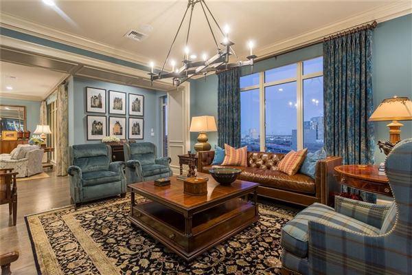 Luxury properties Rare three bedroom renovated residence at the Ritz-Carlton