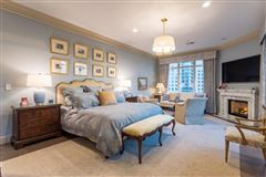 Mansions Rare three bedroom renovated residence at the Ritz-Carlton