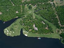 Luxury properties The Links at Lake Athens luxury living