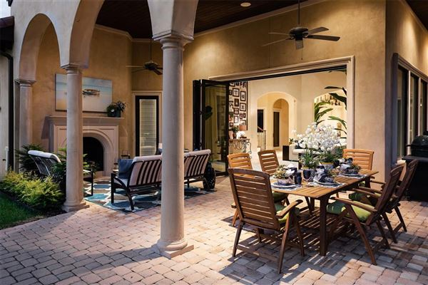 Luxury homes Preston Hollow residence