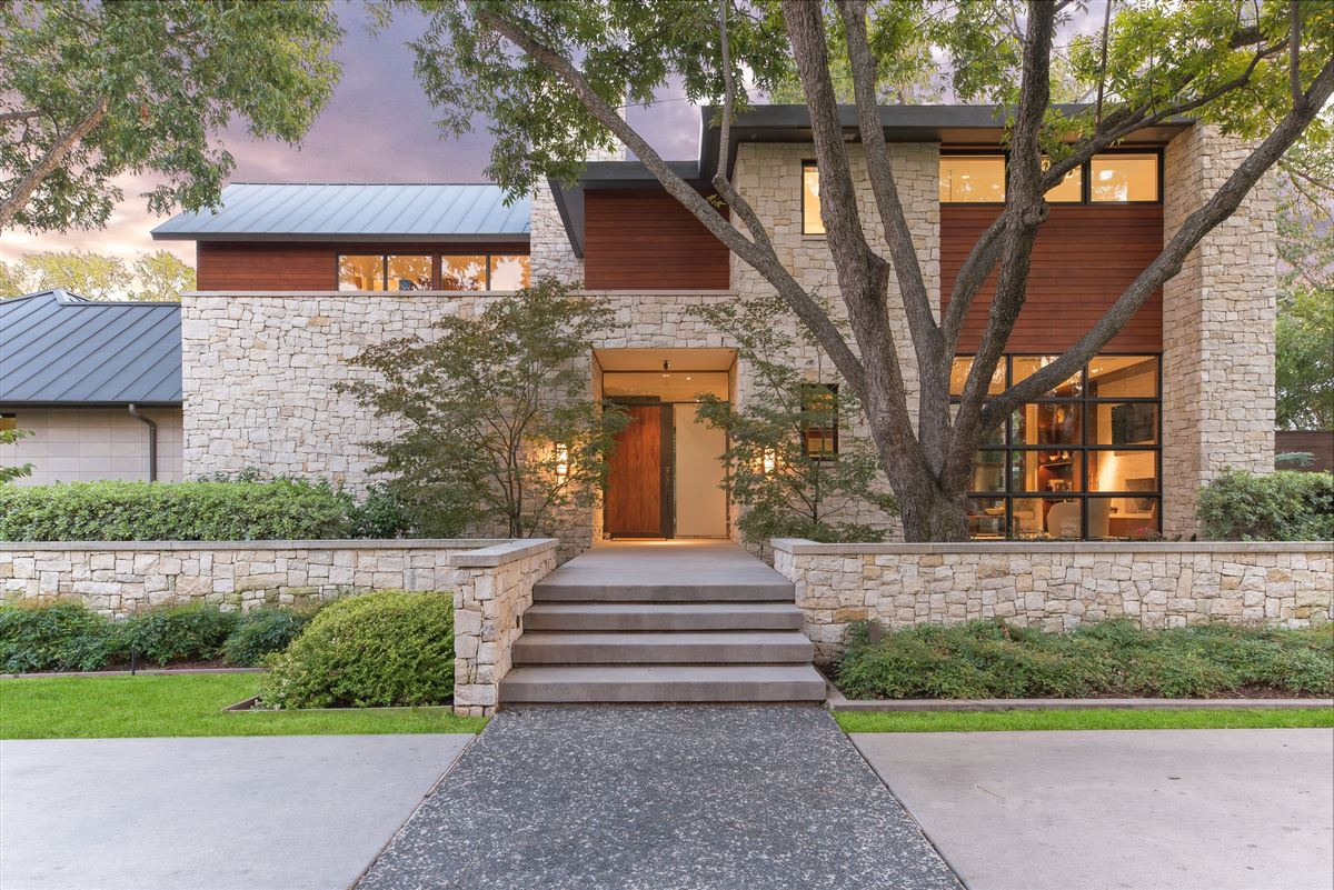Modern Hill Country Home In Exclusive Hillcrest Estates Texas