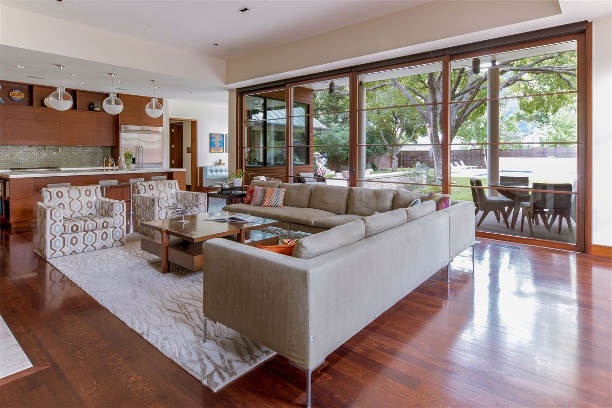 Modern Hill Country home in exclusive Hillcrest Estates luxury real estate