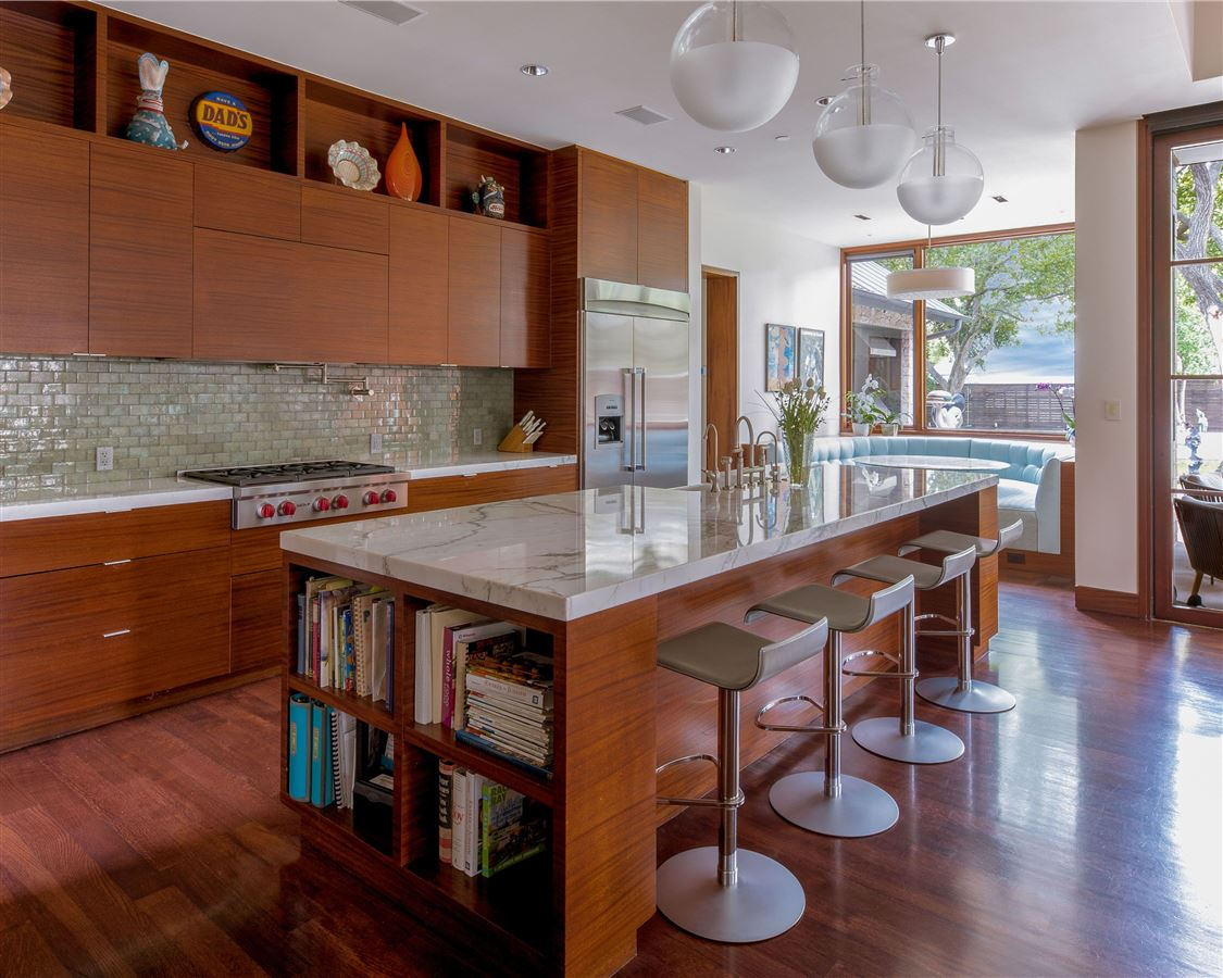 Luxury properties Modern Hill Country home in exclusive Hillcrest Estates