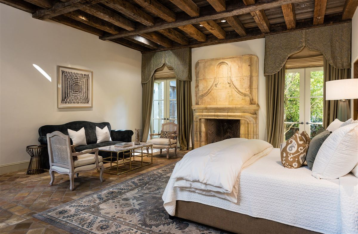 Mansions in Authentic and exceptional Italian villa
