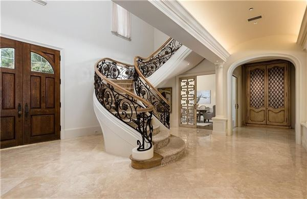 Luxury properties gorgeous gated traditional home