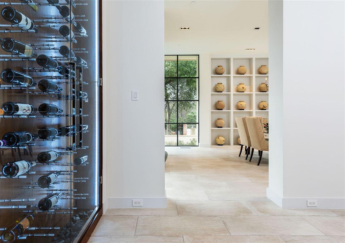 premier luxury living in Old Preston Hollow luxury properties