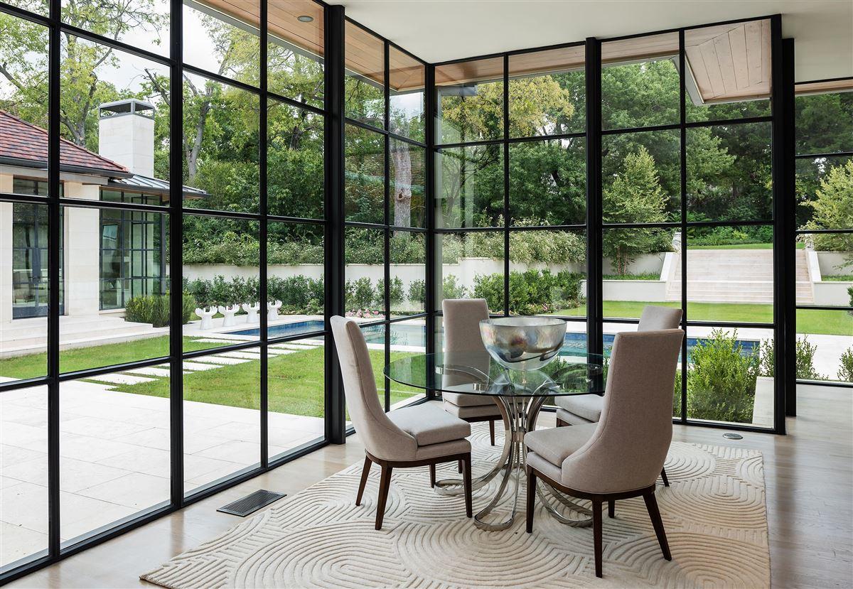 premier luxury living in Old Preston Hollow luxury homes