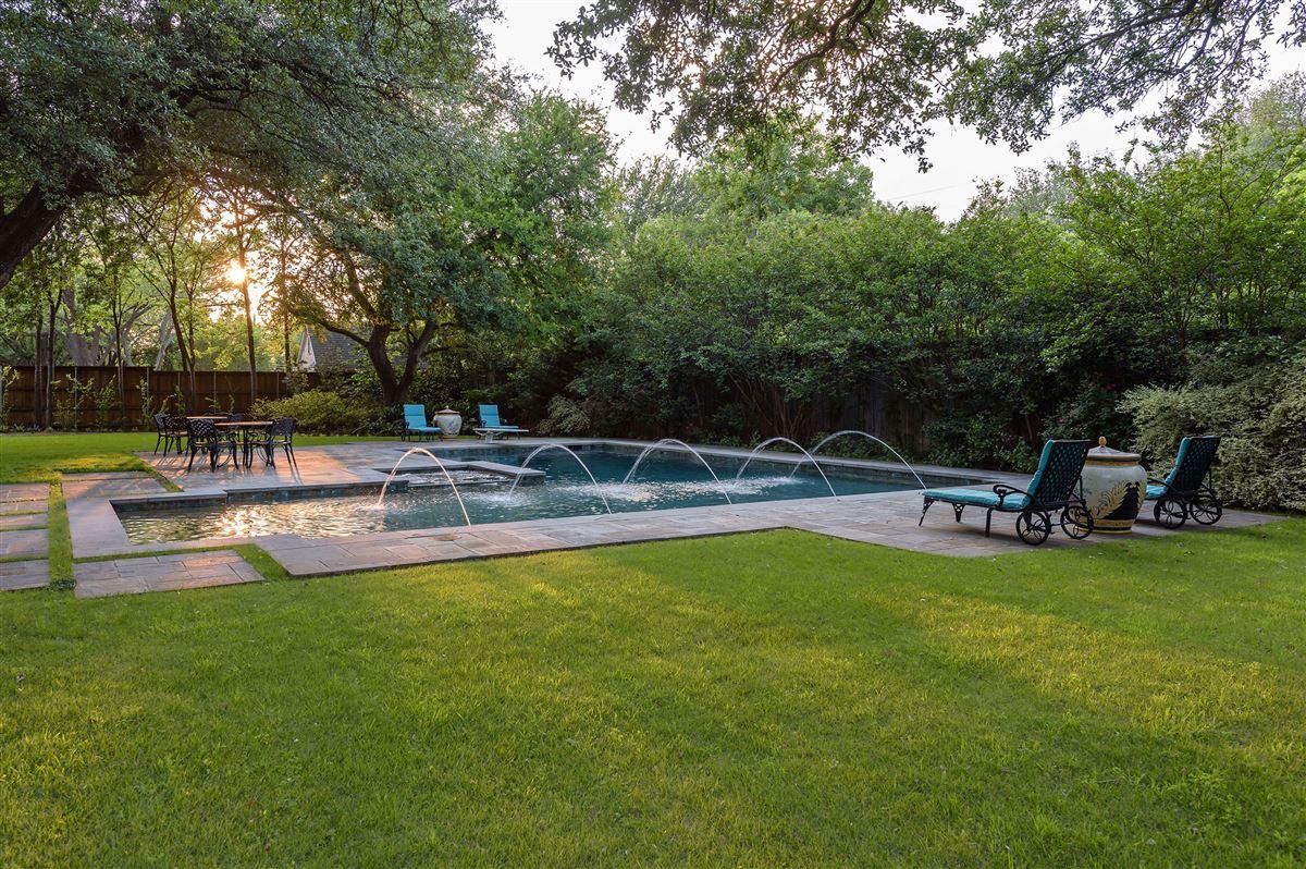 Exceptional value in Lobello Estates mansions