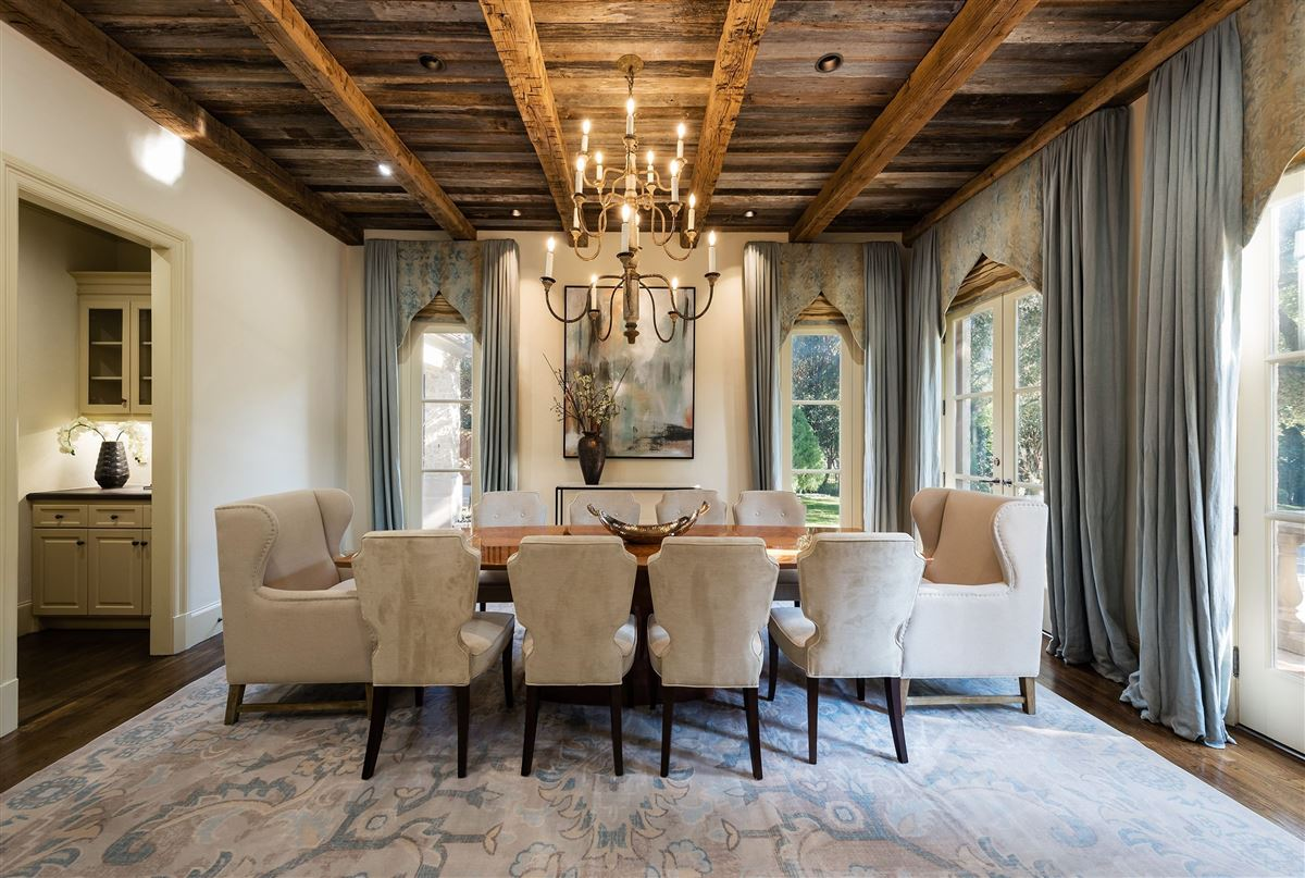 Authentic Italian villa luxury homes
