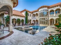 Mansions private resort in coveted Lake Forest