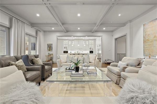 pristine home offering the best in luxury living mansions