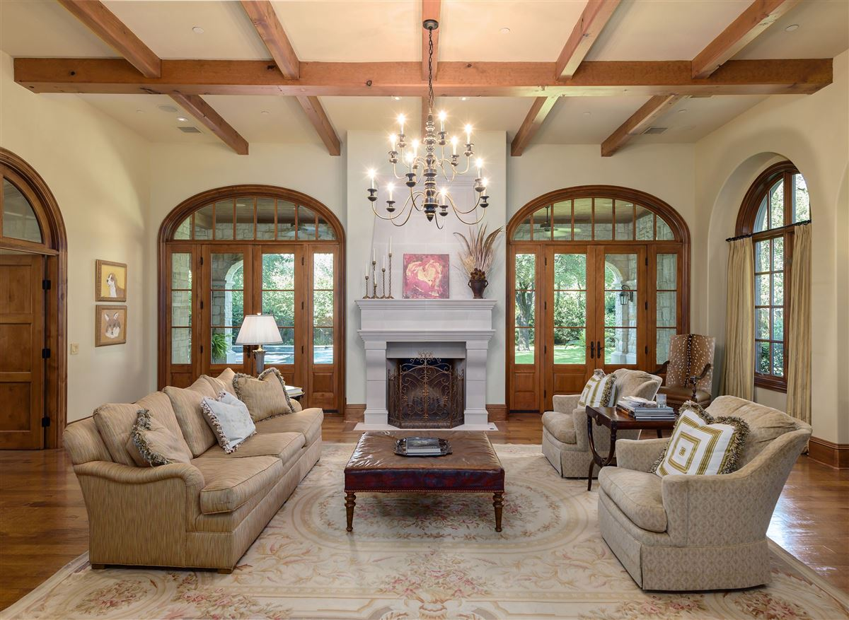 Country French Manor in Lobello Estates luxury real estate