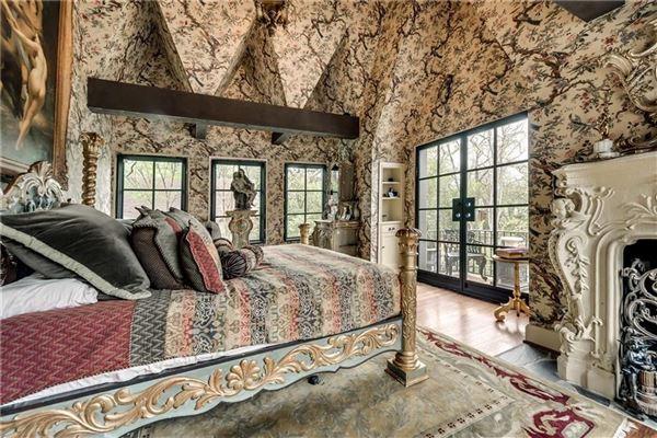 Mansions R.L. Thorntons Chateau Des Grotteaux