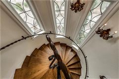 Luxury properties R.L. Thorntons Chateau Des Grotteaux