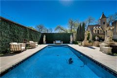 R.L. Thorntons Chateau Des Grotteaux luxury real estate