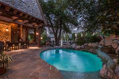 Luxury properties elegance and comfort in coveted Los Arboles
