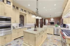 stately Highland Park residence on exclusive Stratford Ave luxury homes