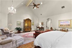 stately Highland Park residence on exclusive Stratford Ave mansions