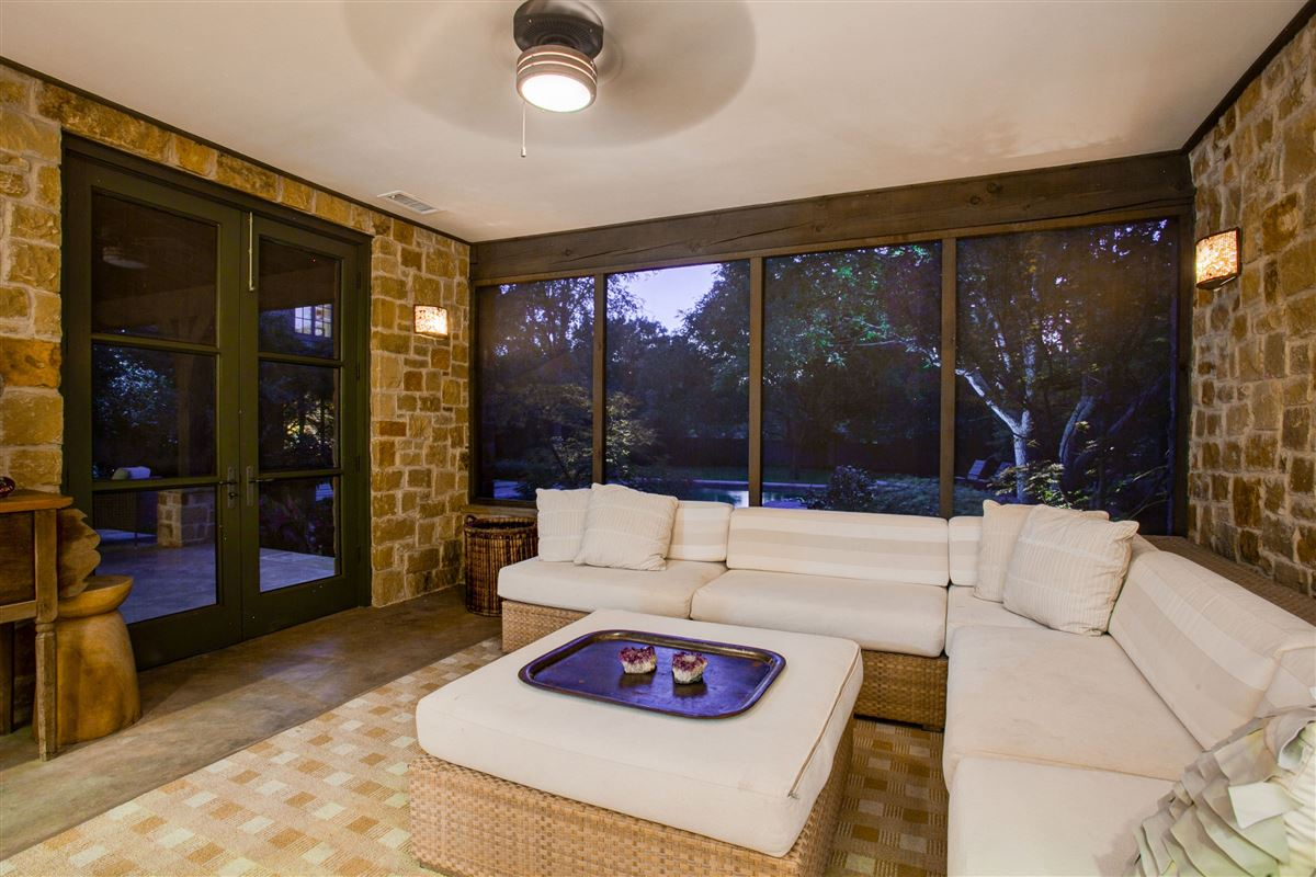 Beautiful home with a spectacular pool and back yard luxury properties