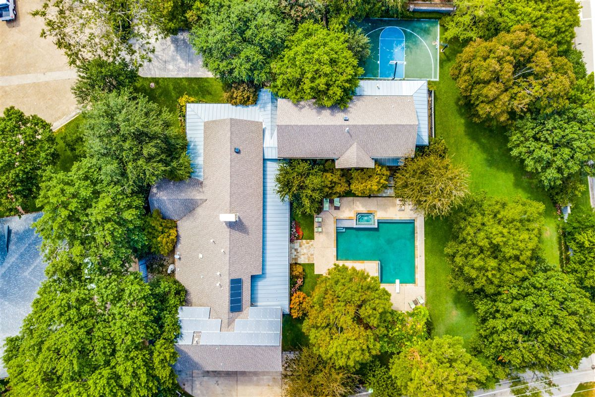 Luxury real estate Beautiful home with a spectacular pool and back yard