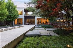 Architecturally significant Texas modernist design luxury homes