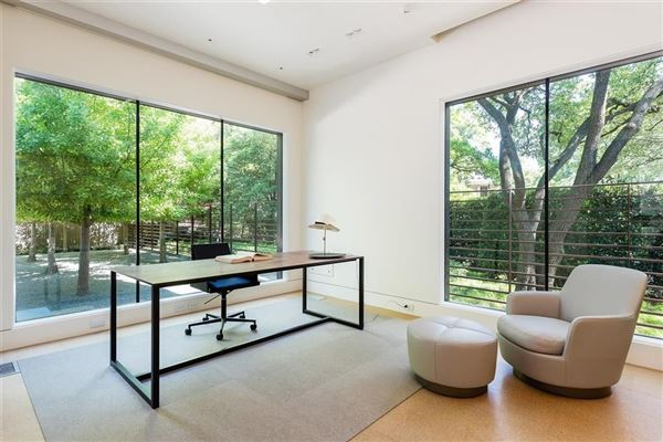 Luxury properties Architecturally significant Texas modernist design