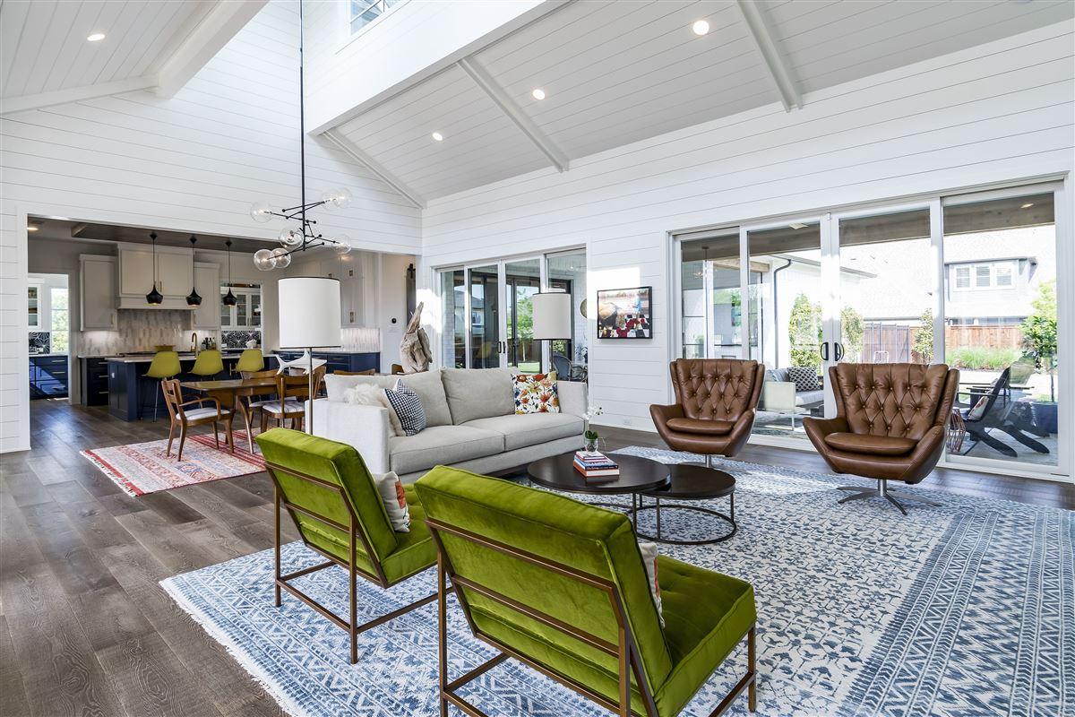 Luxury real estate modern farmhouse in Carillon