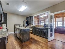 Luxury properties Beautifully updated and remodeled home