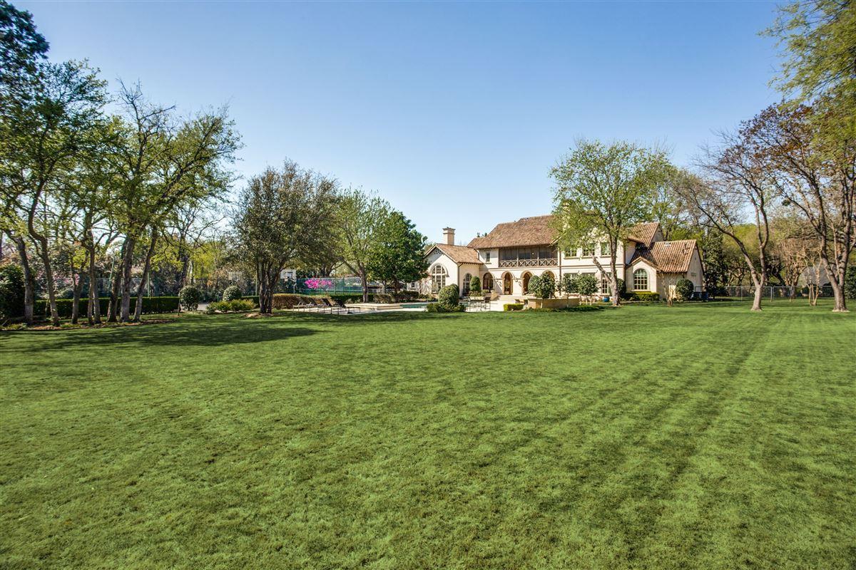 Luxury real estate gated elegant two acre estate