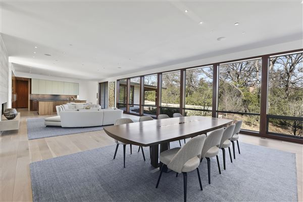 Luxury homes in meticulously designed modern luxury home