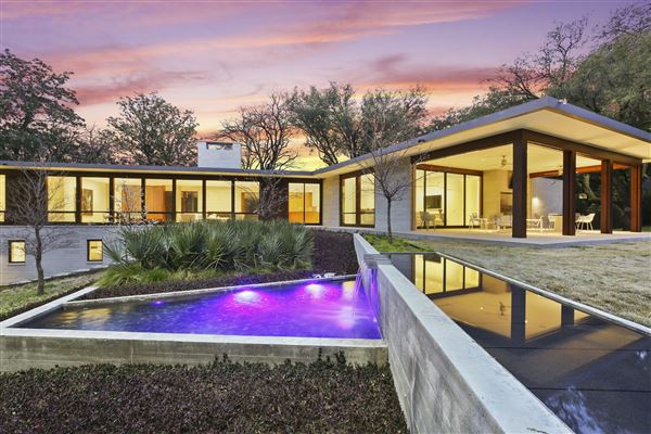 Luxury real estate meticulously designed modern luxury home