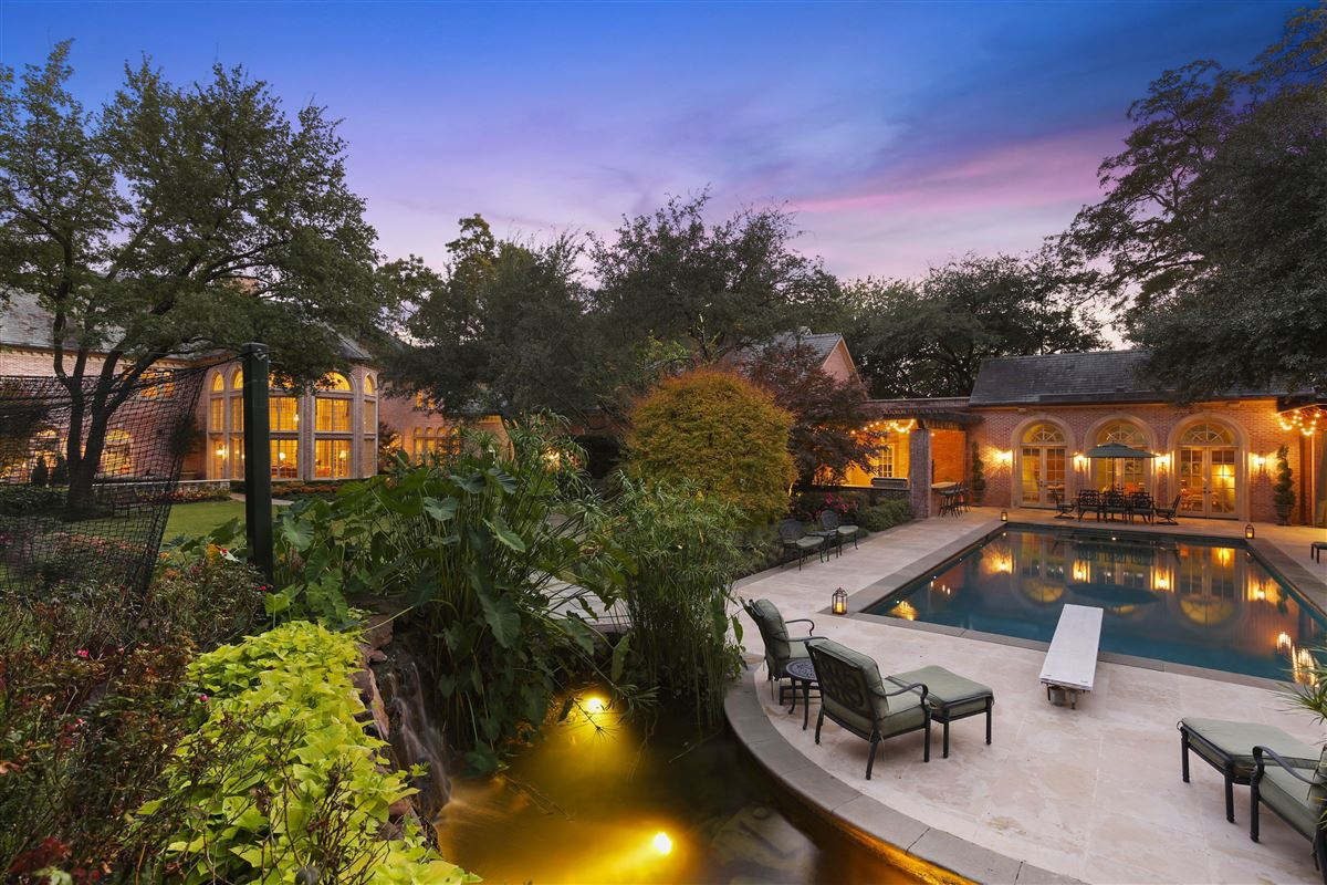 Luxury homes Majestic estate with breathtaking views across from White Rock Lake