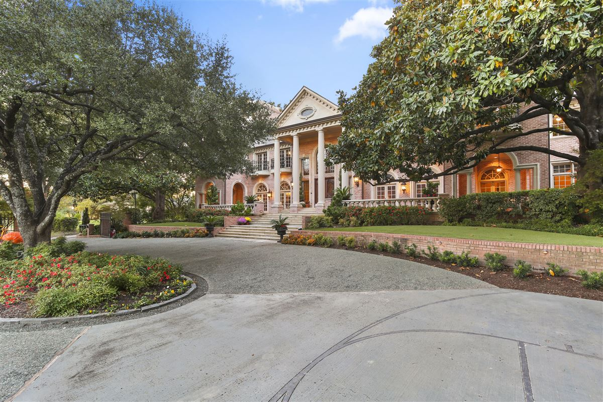 Luxury properties Majestic estate with breathtaking views across from White Rock Lake