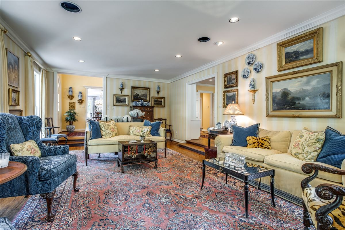 Classic Colonial in Volk Estates luxury homes