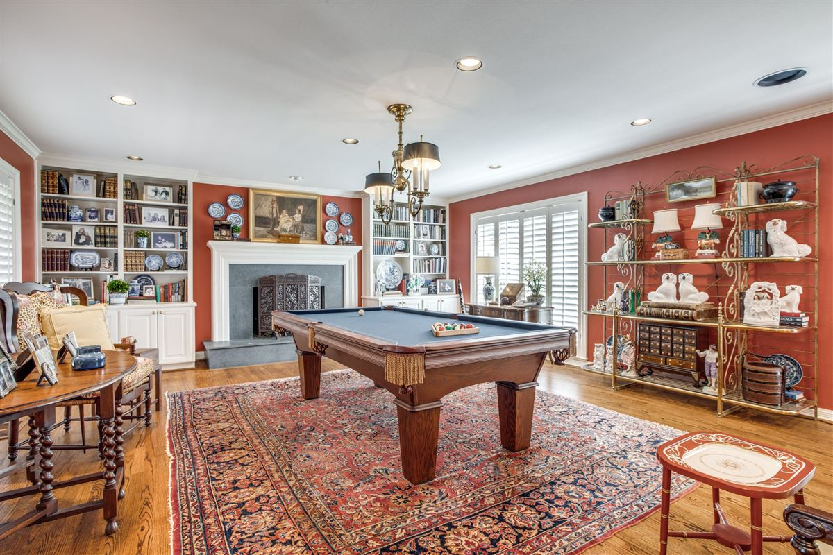 Classic Colonial in Volk Estates luxury real estate