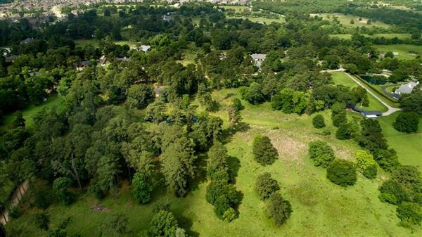 nearly 15 acres of beautiful land luxury properties