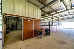 Mansions in fabulous turnkey equestrian facility